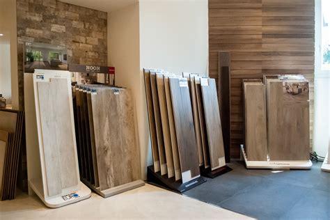 esposizione piastrelle esposizione pavimenti e rivestimenti como di napoli