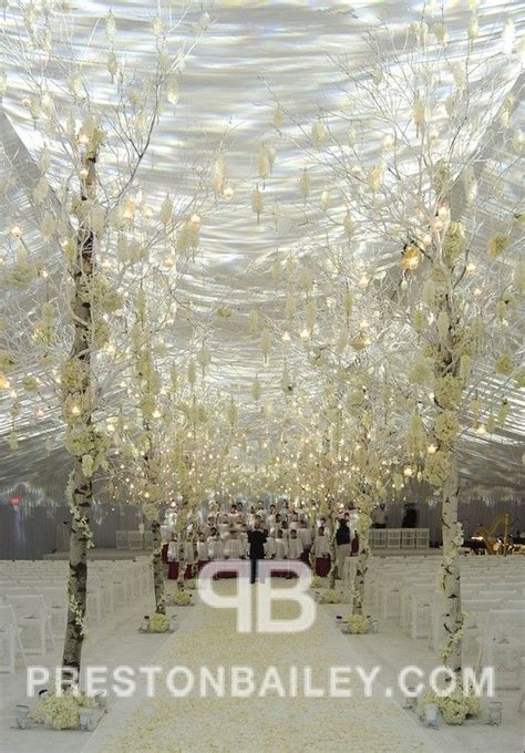 Inspiration for Winter Wedding Aisles: Final Round