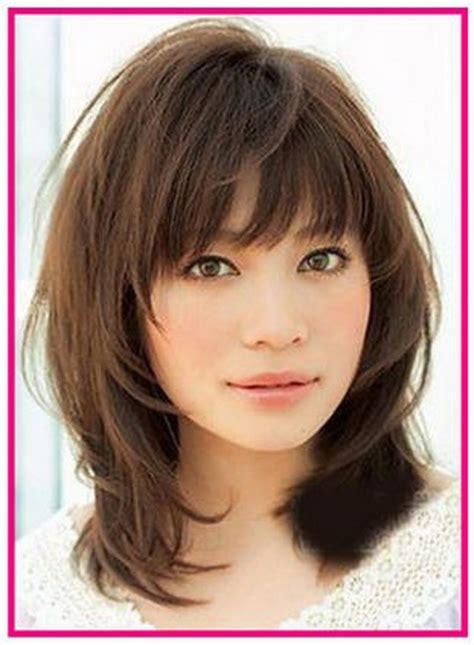 womens medium length layered razor cut hairstyle medium length razor cut hairstyles hairstyle foк women man
