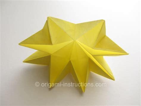 8 Petal Origami Flower - origami 8 petal flower folding