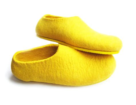 yellow slipper felted wool slippers wool boots cat beds how to make