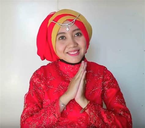 model hijab segi empat  wisuda  hd wallpapers