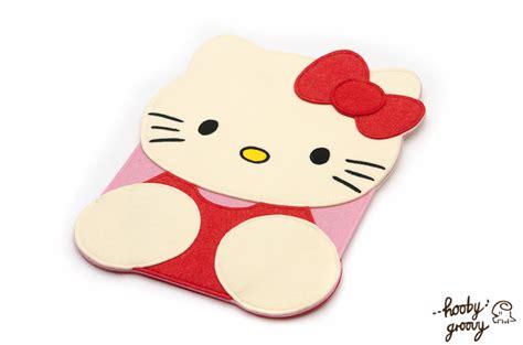 hello kitty wallpaper for macbook pro 13 hello kitty 13in macbook case by hoobygroovy on deviantart
