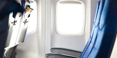 tips naik pesawat tanpa bagasi tips untuk penyandang disabilitas yang naik pesawat tanpa