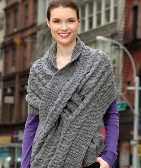 how does it take to knit a scarf 10 keyhole scarves and shawl knitting patterns