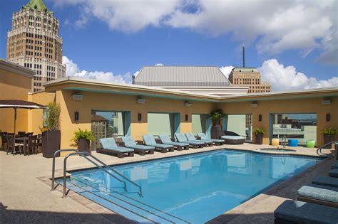 pool san antonio hotel contessa luxury suites on the riverwalk in san