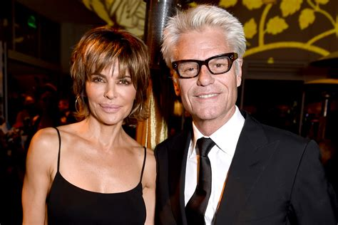 what is thre rumor regarding harry hamlin and lisa rena what is the secret about harry hamlin lisa rinna and