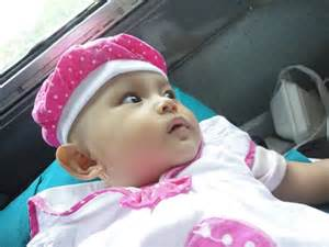 Kereta Bayi Di Surabaya mudik naik kereta membawa bayi momopururu