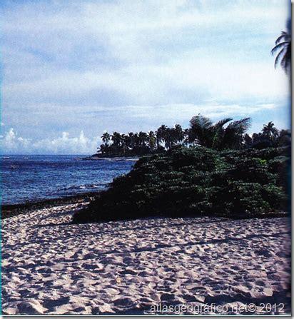y los secretos de la isla mistica podrã vivir muchas vidas pero la mejor serã junto a ti edition books sitios tur 237 sticos de san andr 233 s atlas geografico
