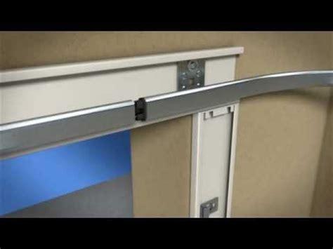portoni sezionali laterali fasi di montaggio di un portone sezionale laterale