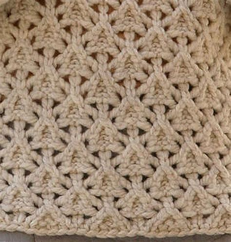 cool knitting stitches beadannex russian knitting pattern with interlaced triangles