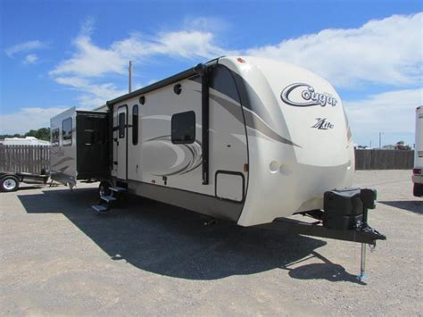 2017 keystone cougar 33res cing world of kingston keystone cougar 33res vehicles for sale