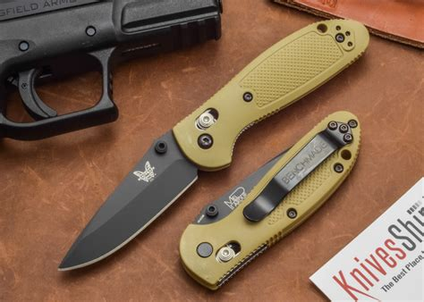 edc knifes edc for anyone the 17 best everyday carry knives