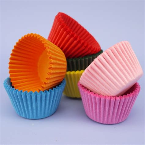 Cake Cases 70mm Base 30mm Bunga pack of 100 multi coloured mini muffin cases