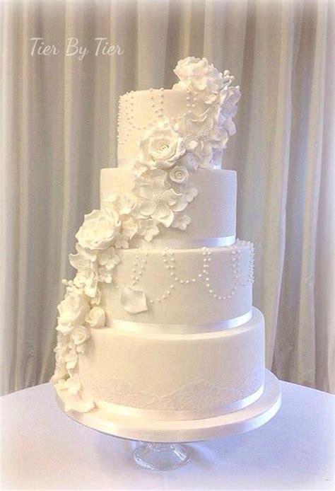 Le gâteau de mariage geek parfait, discret mais efficace