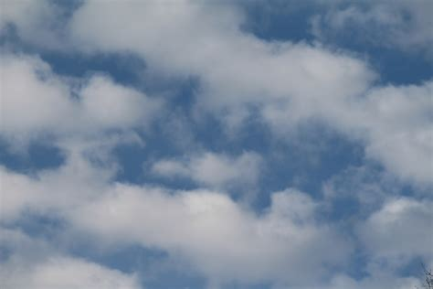 download wallpaper awan cloud background free stock photo public domain pictures