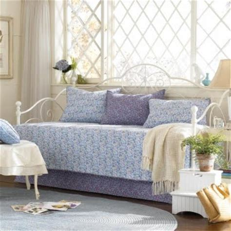 day bed ideas daybed bedding ideas daybeed blogspot com