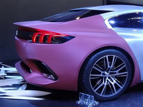 peugeot exalt concept peugeot s exalt four door coupe concept is a pretty thing