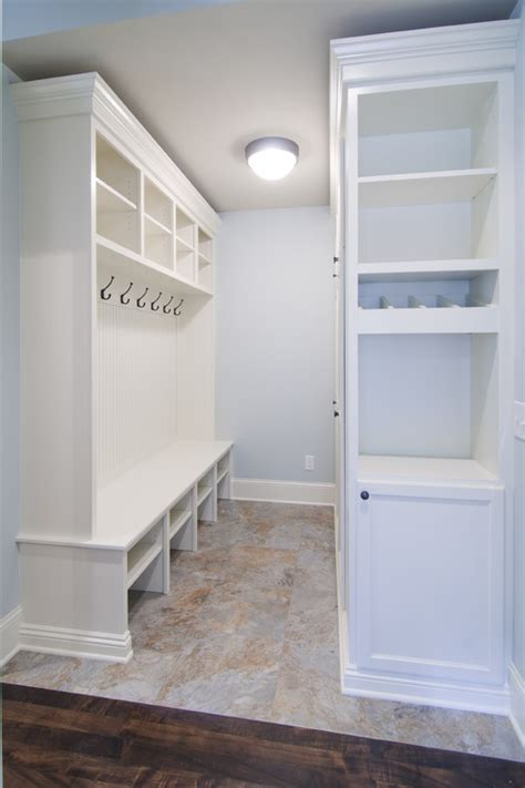 Laundry Bench Height what is the standard height of a bench in a mudroom