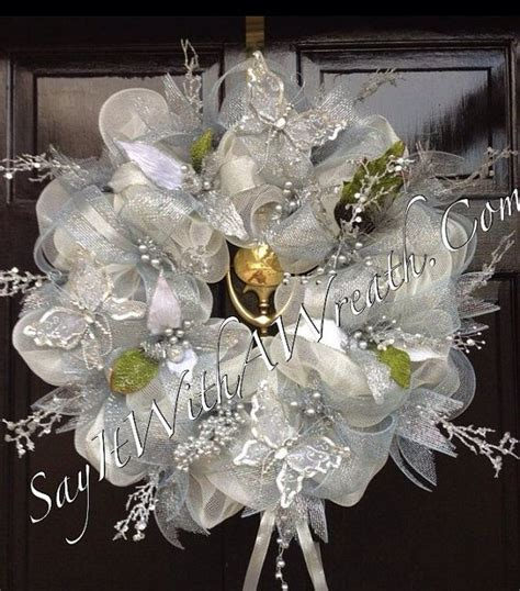 wreath centerpiece ideas 17 best images about wedding wreaths on burlap