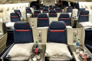 delta airlines business class seat configuration delta one atl cdg 767 400