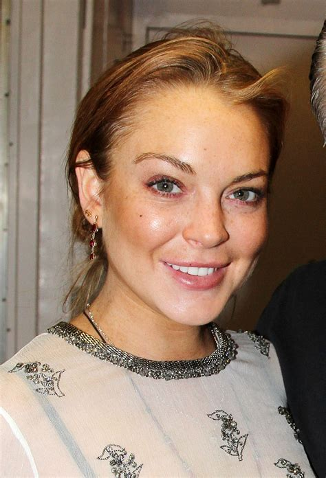 Lindsay Lohan Is Staying In Rehab by Lindsay Lohan Urged To Extend Stay In Rehab Advised Not