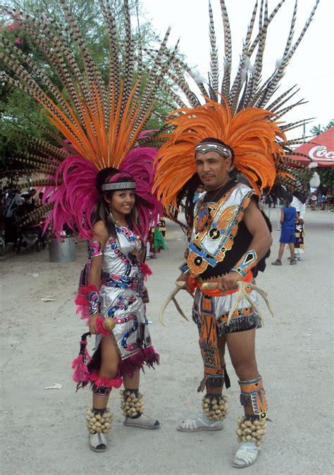 imagenes vestimenta aztecas resultado de imagen para trajes aztecas y mayas historia