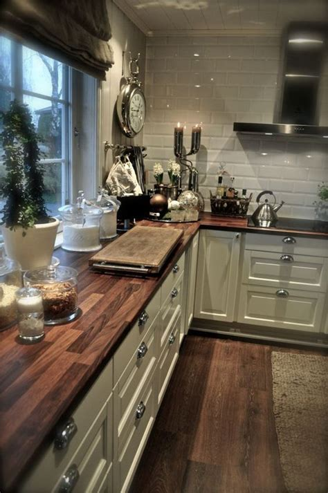 Wood Look Tile Countertop Contemporary Remedygolf Us D 233 Cor Trend 24 Tile Kitchen Countertops Digsdigs