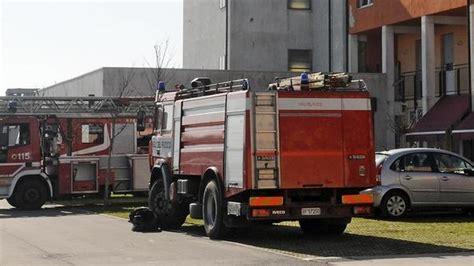 casa famiglia verona in fiamme casa a verona famiglia salvata il giornale