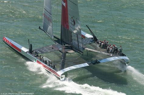 round robin boat race one point for luna rossa challenge at louis vuitton cup