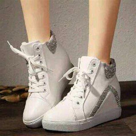 Sepatu Boots Wedges Casual Cg01 1 jual sepatu boot wanita boots korea sbo98 favos store casual boots kets sneaker flat shoes high