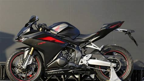cbr all bikes all 2017 honda cbr250rr pictures photo gallery cbr