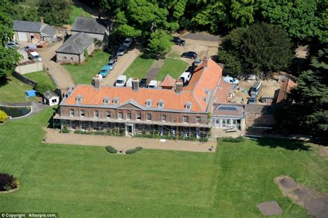 anmer hall in norfolk kate duchess of cambridge splashes out to turn historic
