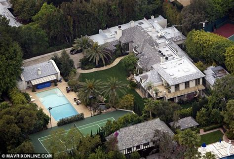 Bigger Bathrooms by Madonna Decides To Sell Her Plush Beverly Hills Home For A