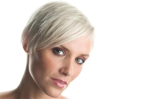 pixie hair cut with out bang pixie haircuts without bangs short pixie haircuts