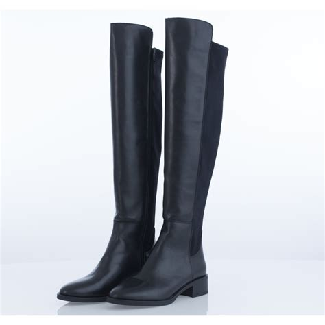 the knee boots flat alpe 3001 leather the knee flat boot in black