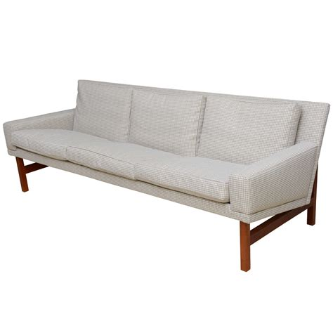 houndstooth sofa fine houndstooth danish wegner style three seat sofa at