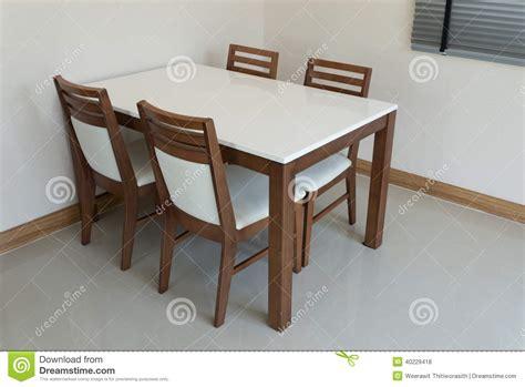 table de salle a manger en bois table en bois asiatique wraste