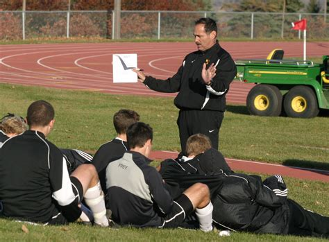 soccer couch men s soccer coach larry zelenz announces resignation