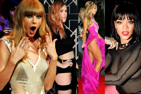 most embarrassing celeb wardrobe malfunctions ever embarrassing celebrity wardrobe malfunctions