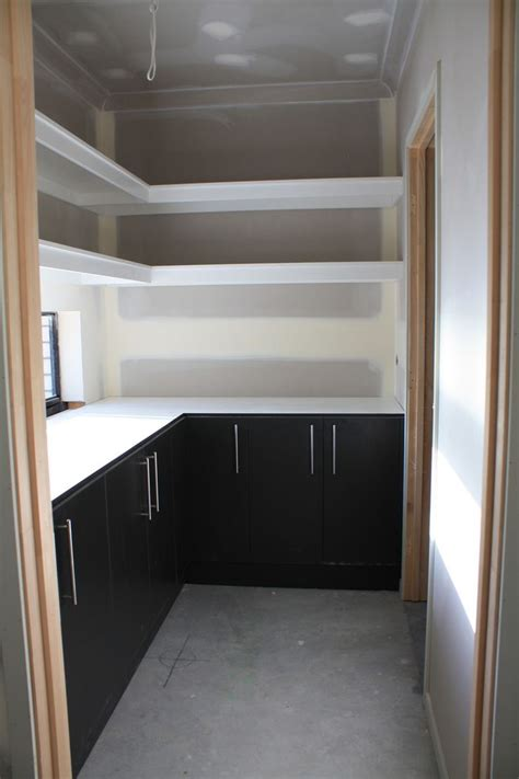 henley zoom  real dimensions    pantry