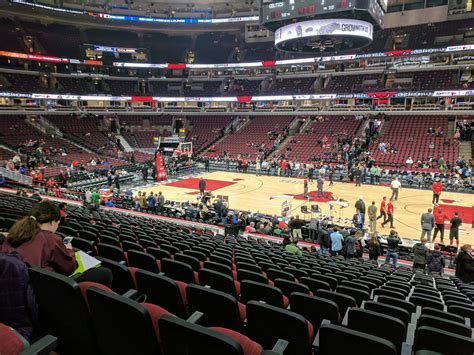 section 122 united center united center section 122 chicago bulls rateyourseats com