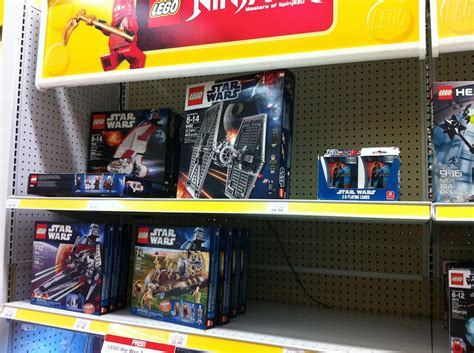 wars legos toys r us wars lego toys r us exclusive 4k wallpapers