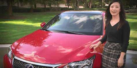 best car for new college graduate cpo lexus ct 200h named to best cars for recent college