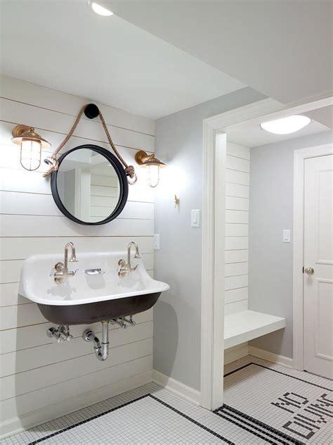 pool bathroom ideas best 25 pool changing rooms ideas on pool house bathroom pool bathroom and pool houses