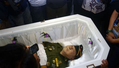 Seragam Veteran kris biantoro pakai seragam veteran sai akhir seleb tempo co