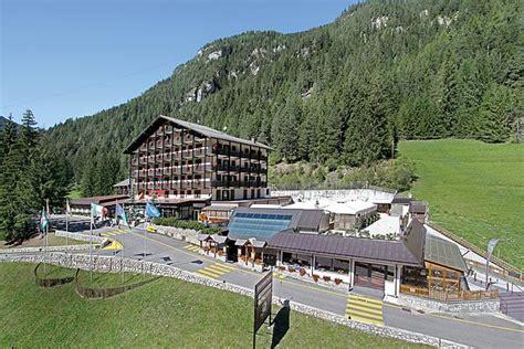 hotel con caminetto in hotel il caminetto s union hotels canazei e