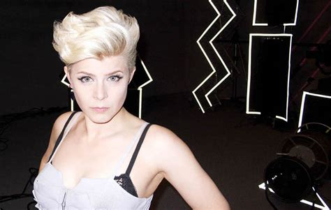 robyn s covercentric robyn covers coldplay for live lounge pop