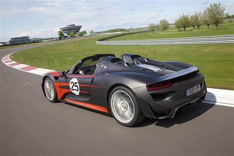 porsche supercar 918 porsche 918 spyder hybrid supercar photos specs