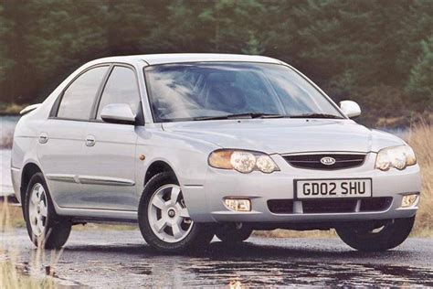 kia shuma 2 kia shuma ii 2001 2004 review review car review